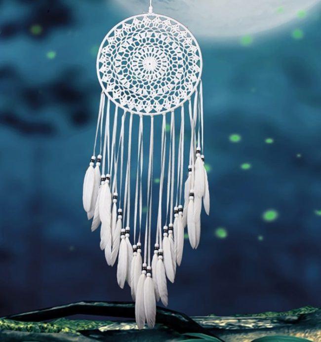 White color meaning in Slavic mythology