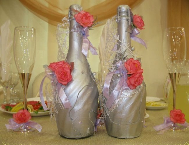 Thirty-fifth wedding anniversary Coral Wedding