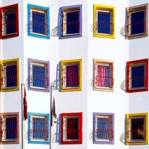 Yener Torun photographing Istanbul colors