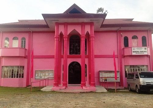 Pink mosque symbolizing peace