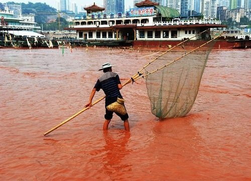 Red river phenomenon